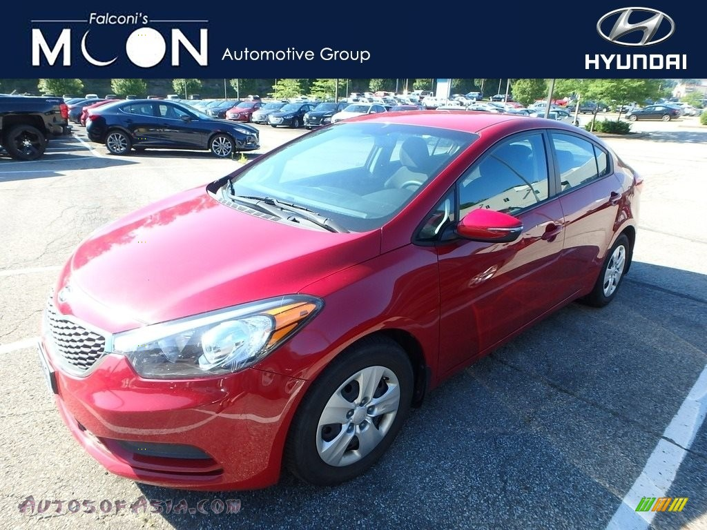 Crimson Red / Black Kia Forte LX