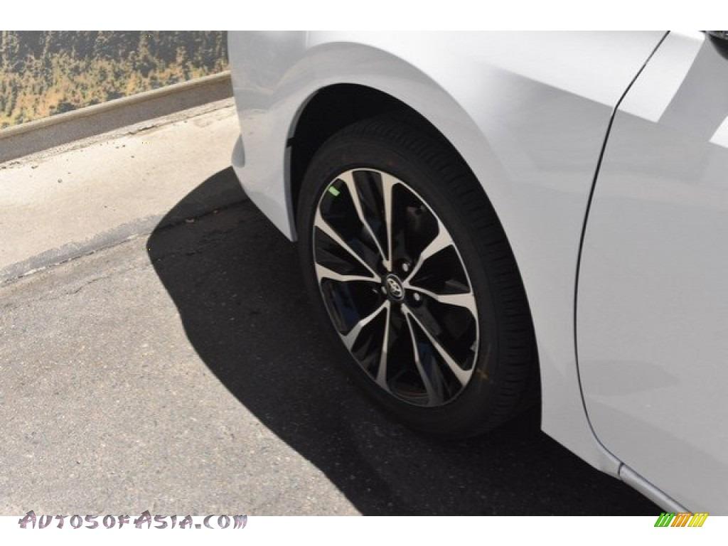 2019 Corolla SE - Super White / Black photo #32