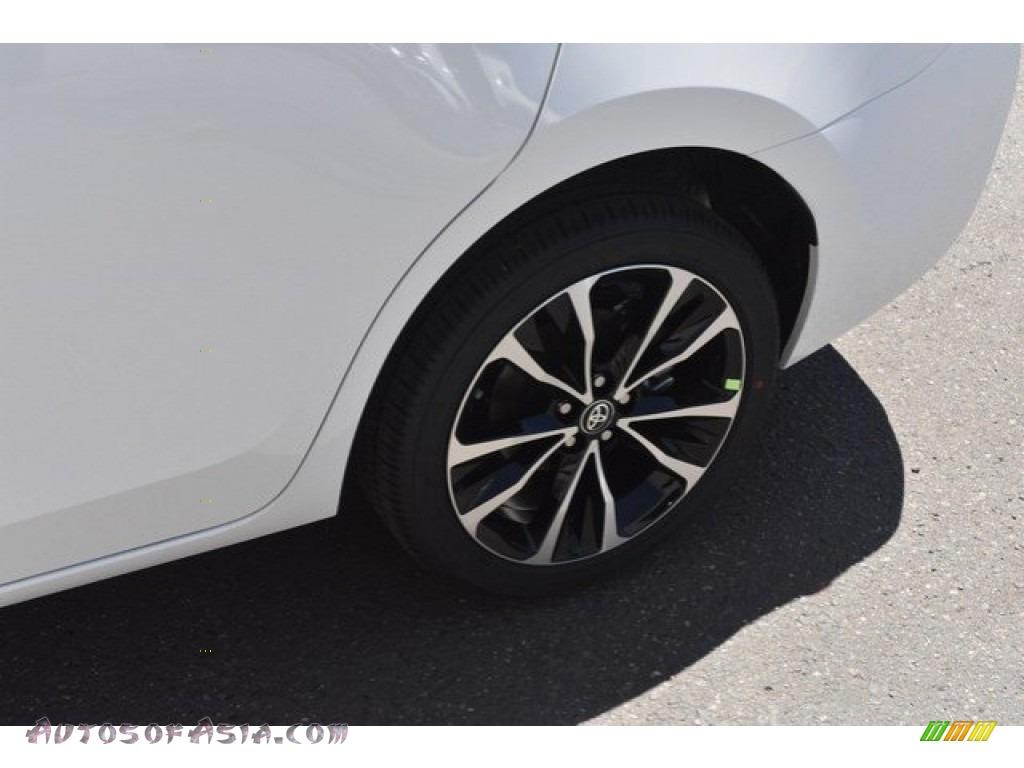 2019 Corolla SE - Super White / Black photo #33