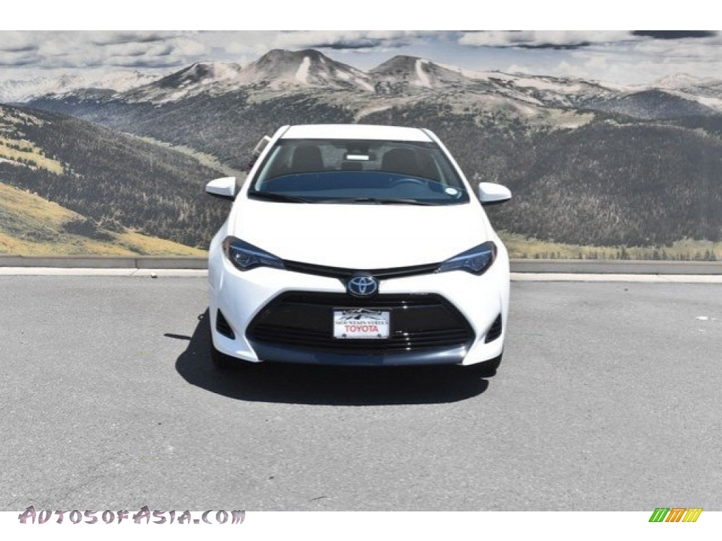 2019 Corolla LE - Super White / Black photo #2