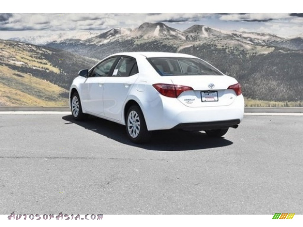 2019 Corolla LE - Super White / Black photo #3