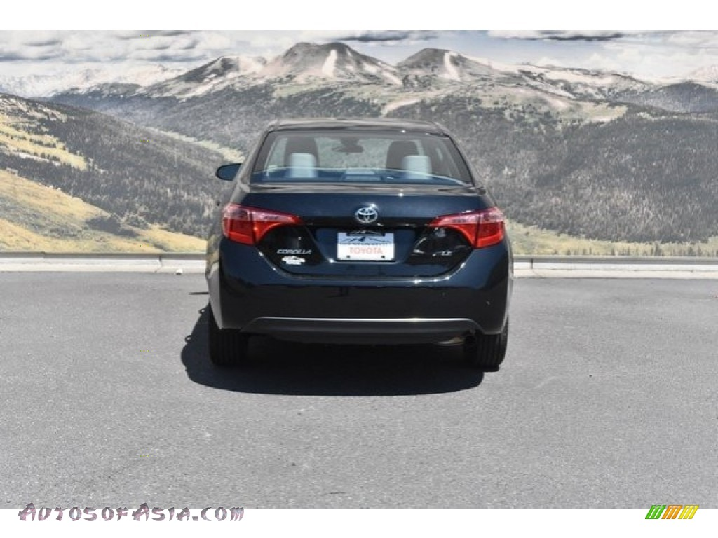 2019 Corolla LE - Black Sand Pearl / Ash/Dark Gray photo #4
