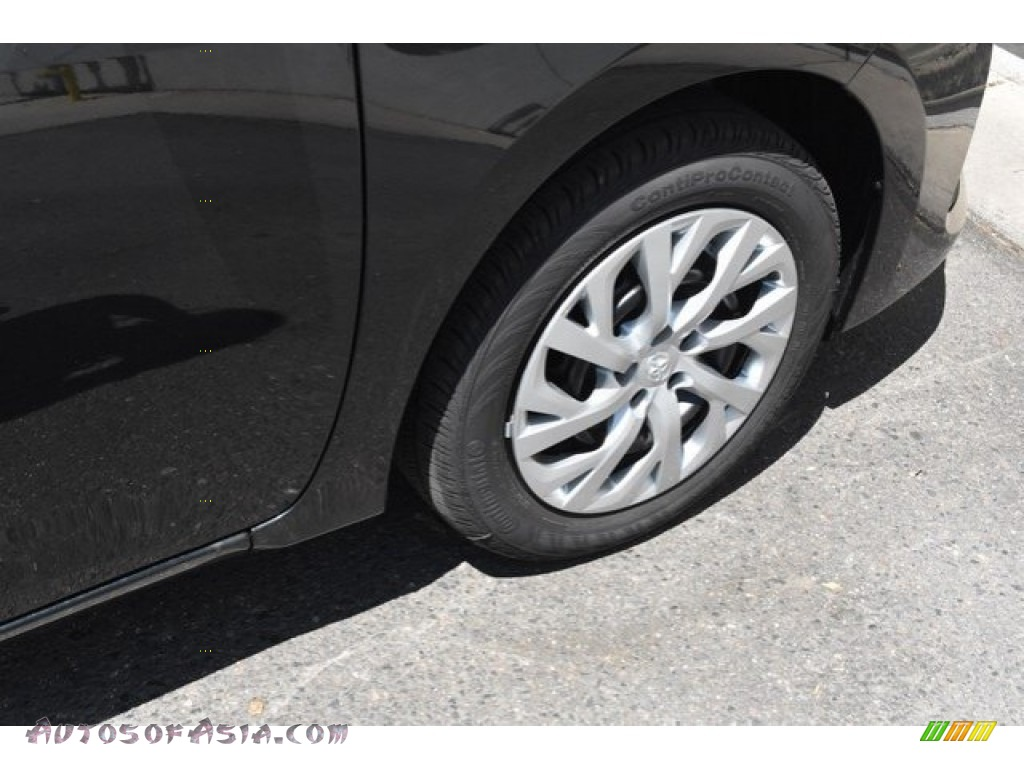 2019 Corolla LE - Black Sand Pearl / Ash/Dark Gray photo #35