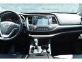 Toyota Highlander XLE AWD Midnight Black Metallic photo #8
