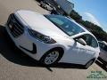 Hyundai Elantra SE White photo #27