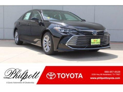 Midnight Black Metallic 2019 Toyota Avalon XLE