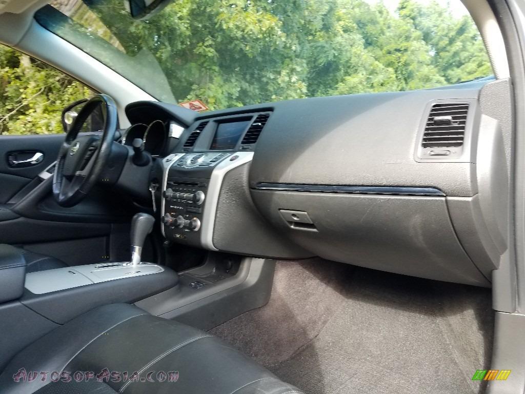 2010 Murano SL AWD - Brilliant Silver Metallic / Black photo #9