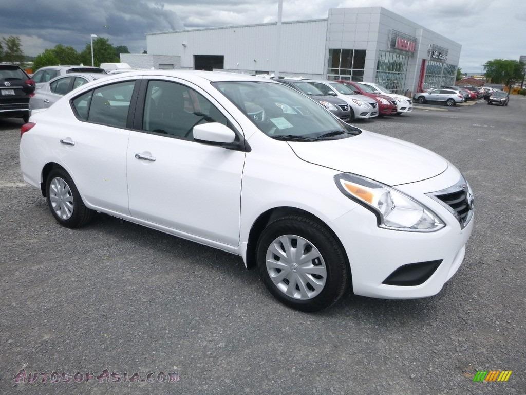 2018 Versa SV - Fresh Powder White / Charcoal photo #1