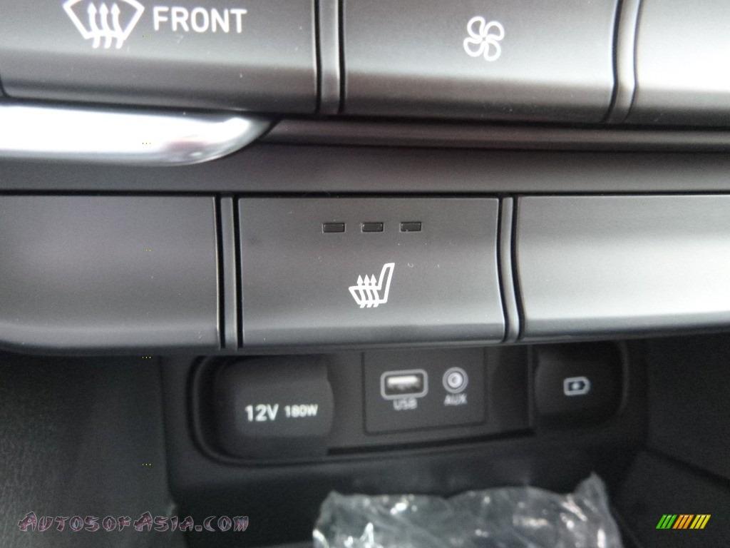 2019 Santa Fe SEL Plus AWD - Twilight Black / Black photo #12