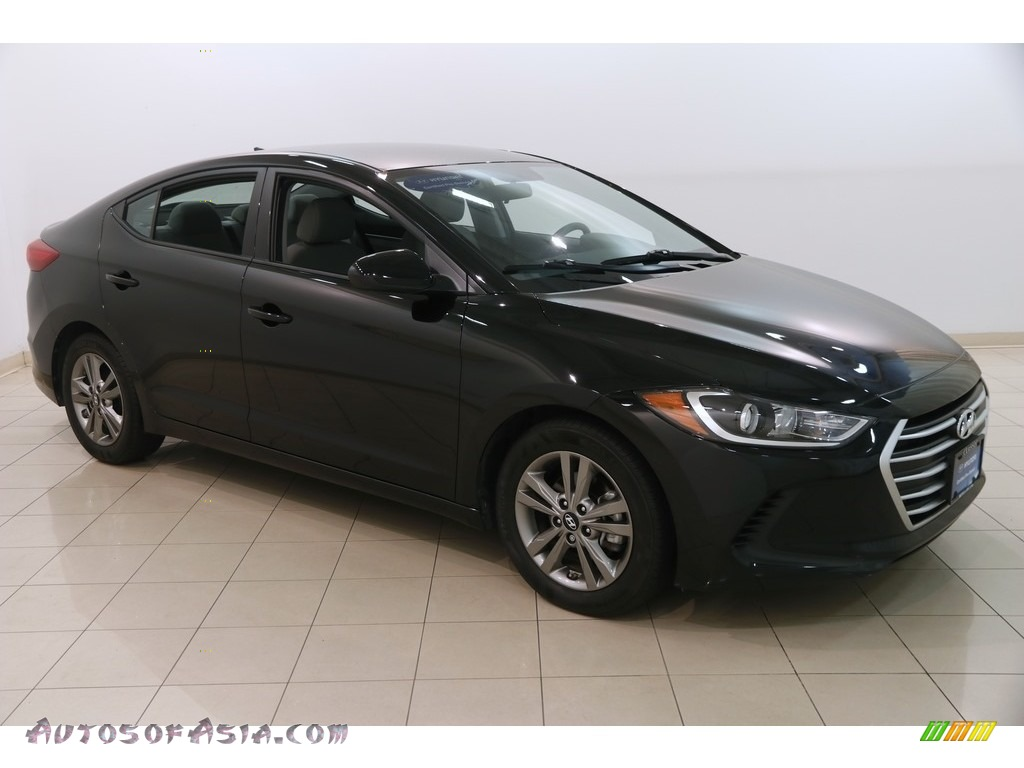 2017 Elantra SE - Black / Gray photo #1