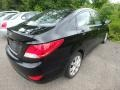 Hyundai Accent GLS 4 Door Ultra Black photo #4