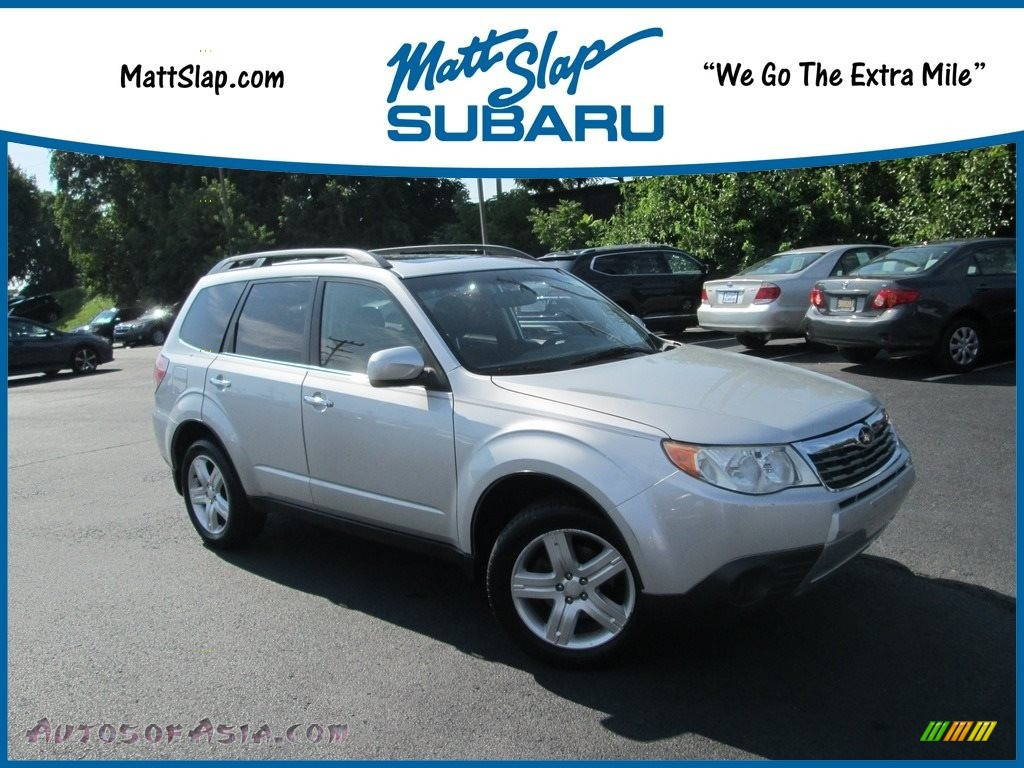 2010 Forester 2.5 X Premium - Spark Silver Metallic / Black photo #1