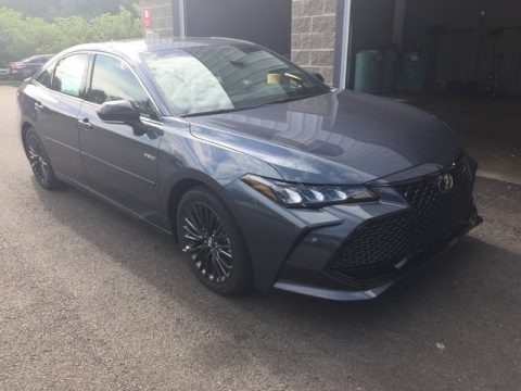 Harbor Gray Metallic 2019 Toyota Avalon Hybrid XSE