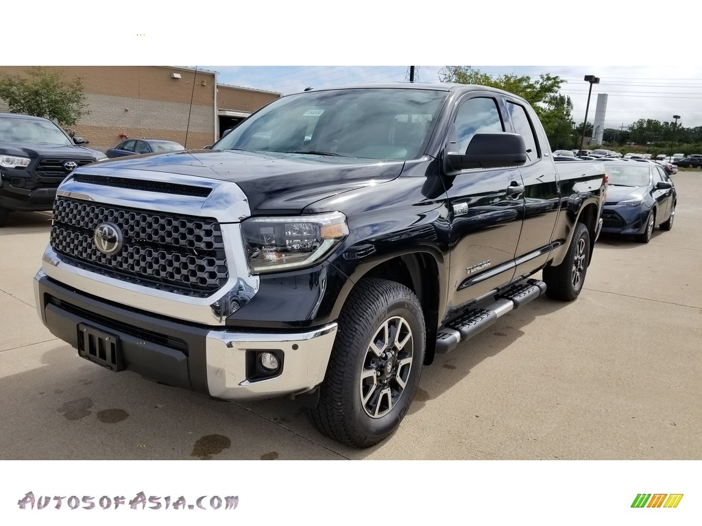 Midnight Black Metallic / Graphite Toyota Tundra TRD Off Road Double Cab 4x4