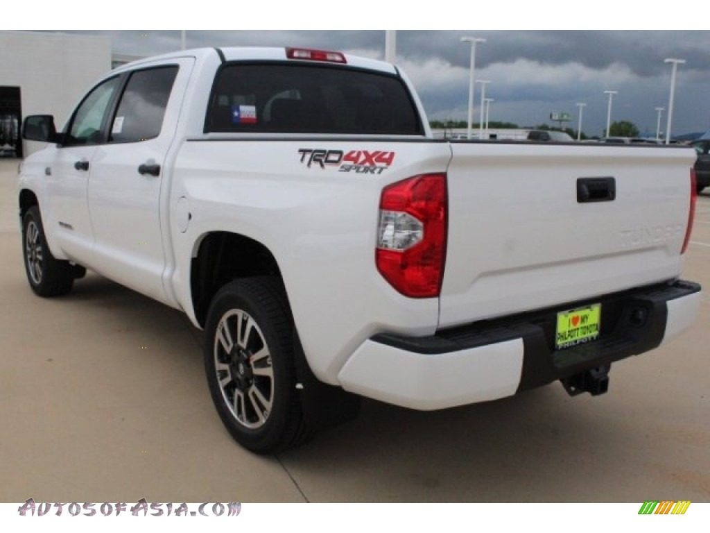 2019 Tundra TRD Sport CrewMax 4x4 - Super White / Graphite photo #6