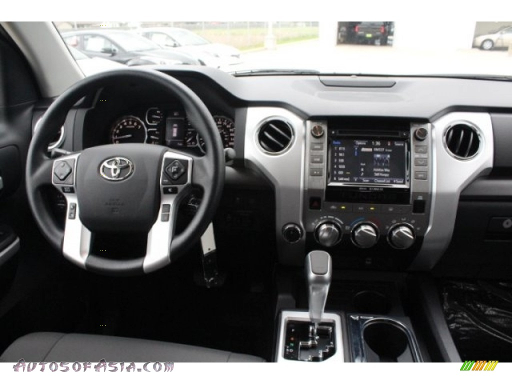 2019 Tundra TRD Sport CrewMax 4x4 - Super White / Graphite photo #24
