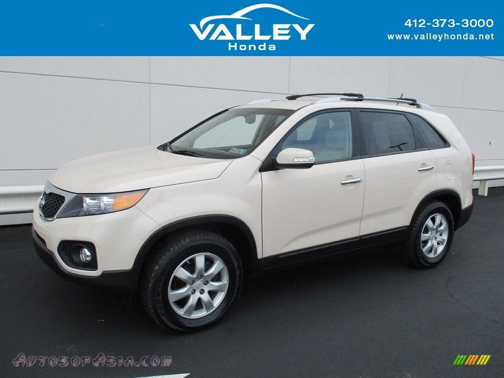 2011 Sorento LX - White Sand Beige / Beige photo #1