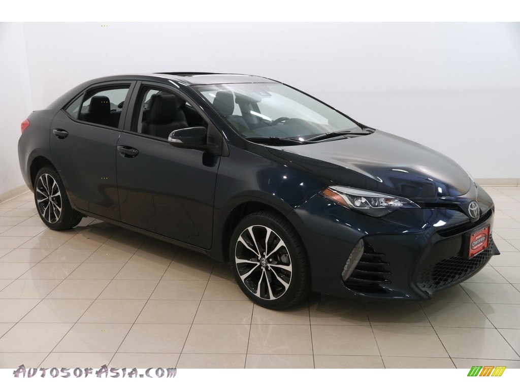 2017 Corolla SE - Galactic Aqua Mica / Black photo #1
