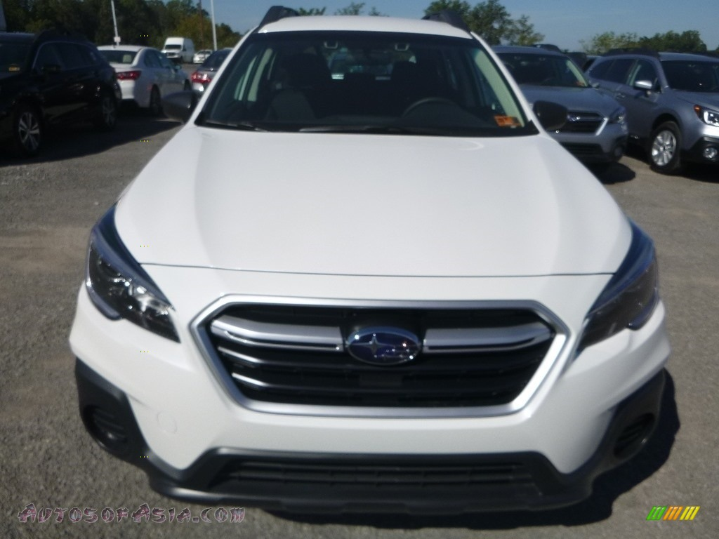 2019 Outback 2.5i - Crystal White Pearl / Slate Black photo #9