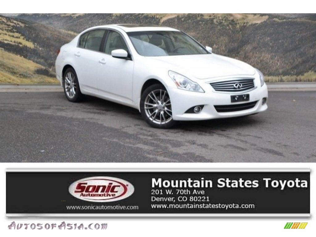 2011 G 37 x AWD Sedan - Moonlight White / Stone photo #1