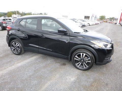 Super Black 2018 Nissan Kicks SV
