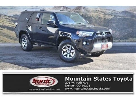 Midnight Black Metallic 2017 Toyota 4Runner TRD Off-Road Premium 4x4