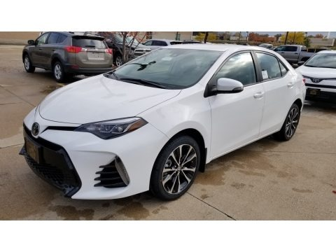 Super White 2019 Toyota Corolla SE