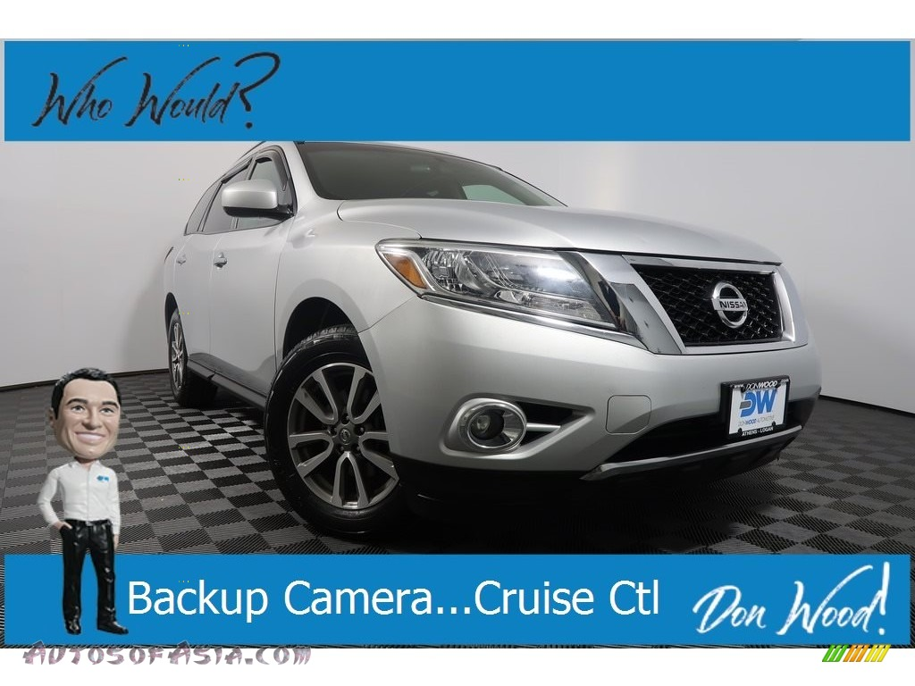 2014 Pathfinder SV AWD - Brilliant Silver / Charcoal photo #1