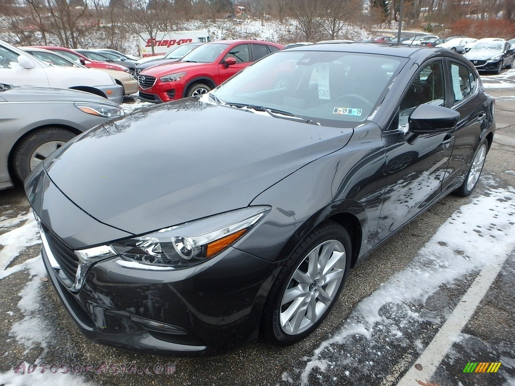 2017 MAZDA3 Touring 5 Door - Machine Gray Metallic / Black photo #1