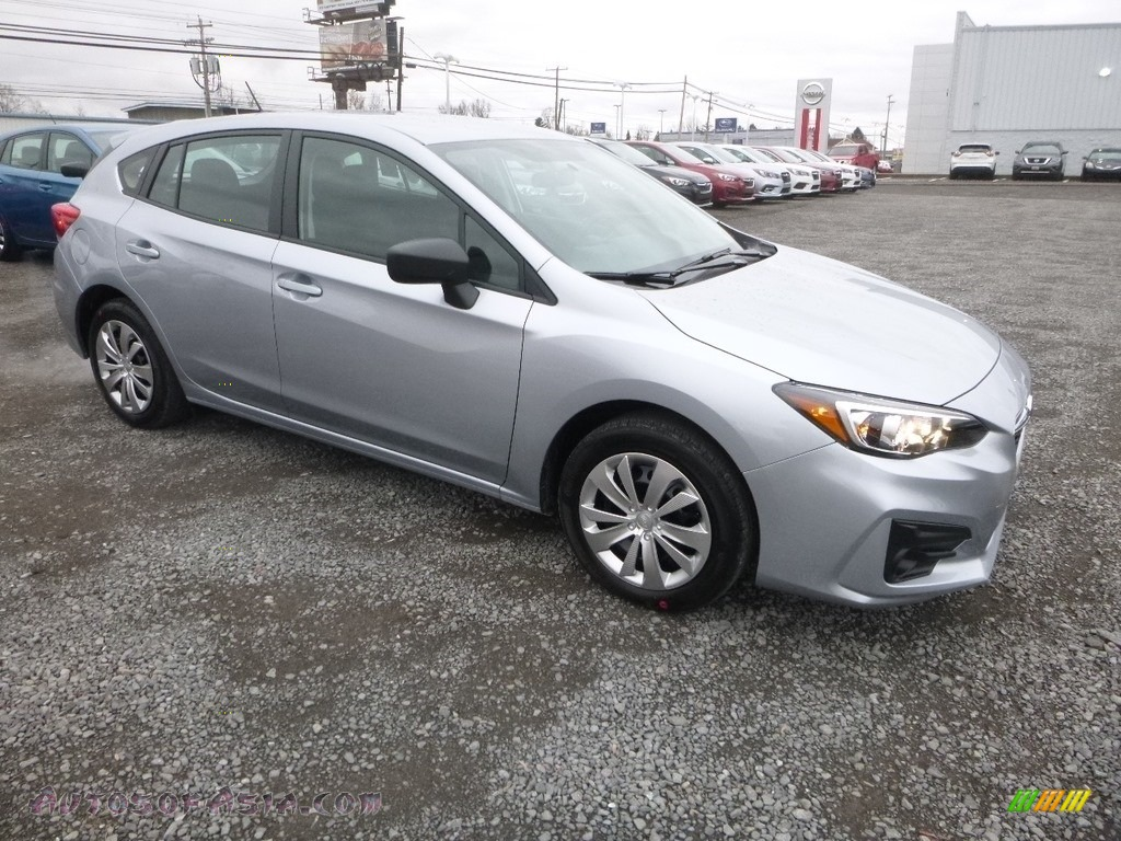 2019 Impreza 2.0i 5-Door - Ice Silver Metallic / Black photo #1