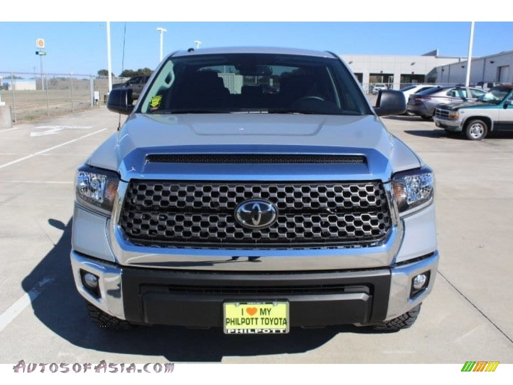 2019 Tundra TSS Off Road CrewMax - Cement / Black photo #3