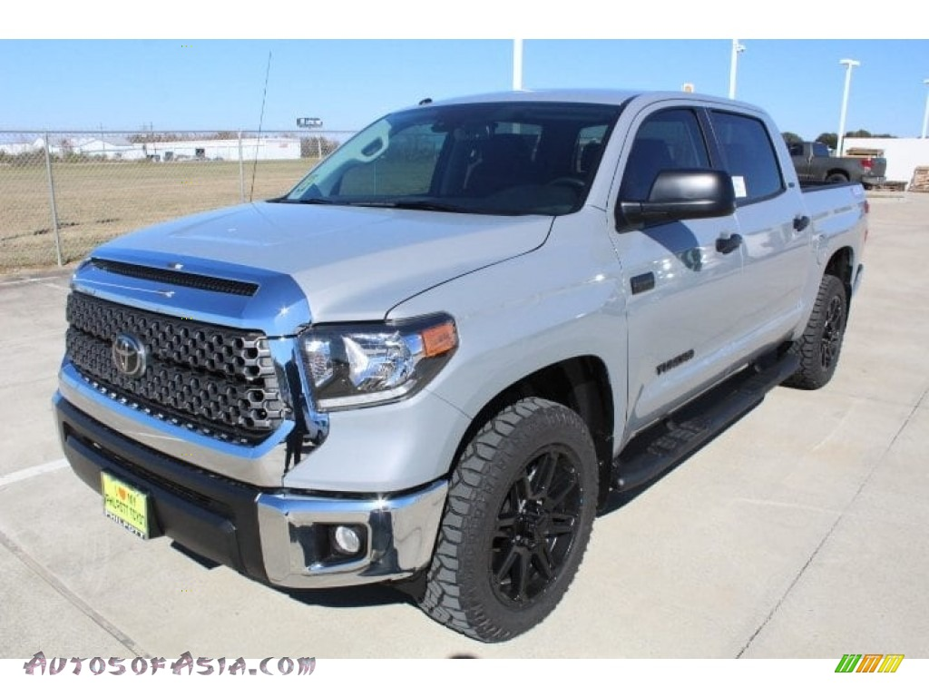 2019 Tundra TSS Off Road CrewMax - Cement / Black photo #4