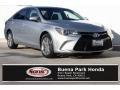 Toyota Camry SE Celestial Silver Metallic photo #1
