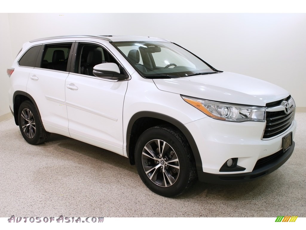 2016 Highlander XLE - Blizzard Pearl / Black photo #1
