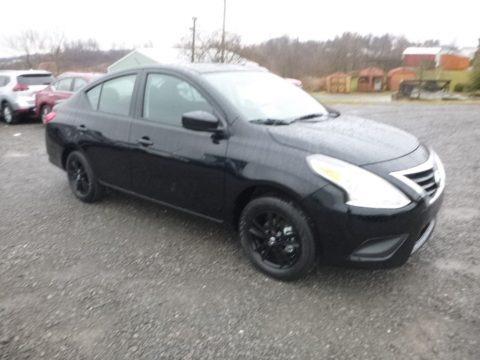 Super Black 2019 Nissan Versa S Plus