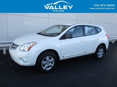 Pearl White 2013 Nissan Rogue S AWD