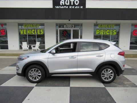Molten Silver 2017 Hyundai Tucson SE