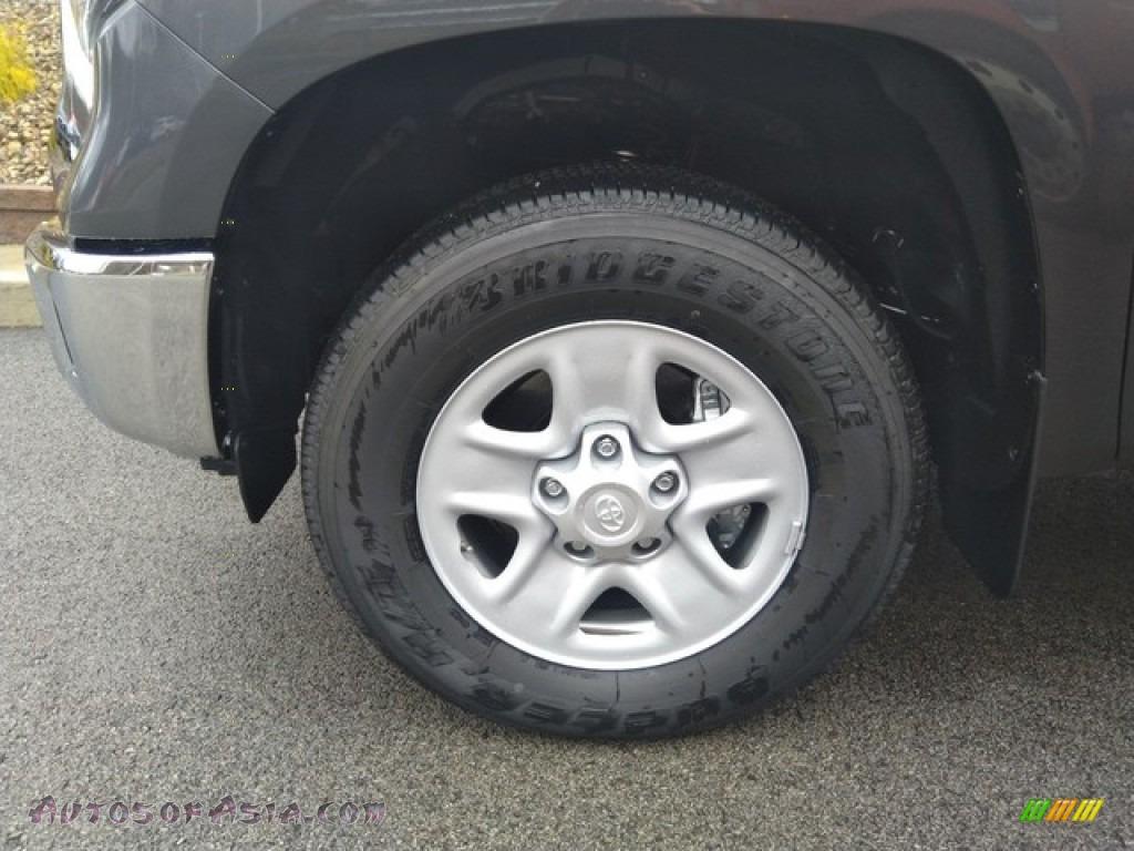 2019 Tundra SR5 Double Cab 4x4 - Magnetic Gray Metallic / Graphite photo #11