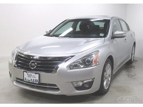 Brilliant Silver 2014 Nissan Altima 2.5 SL