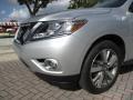 Nissan Pathfinder Platinum Brilliant Silver photo #17