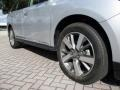 Nissan Pathfinder Platinum Brilliant Silver photo #44