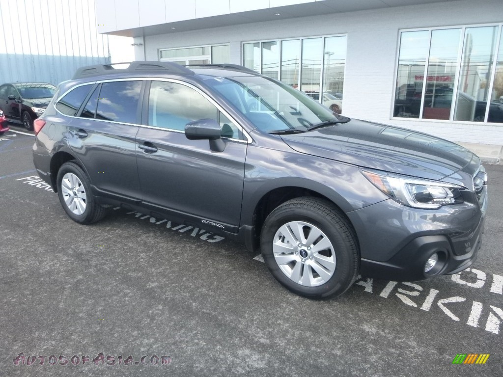 2019 Outback 2.5i Premium - Magnetite Gray Metallic / Titanium Gray photo #1