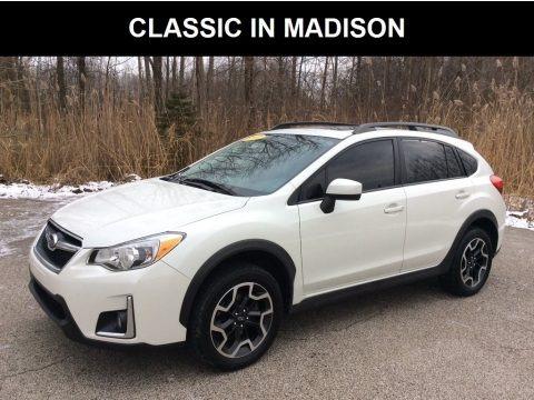 Crystal White Pearl 2017 Subaru Crosstrek 2.0i Premium