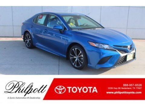 Blue Streak Metallic 2019 Toyota Camry SE