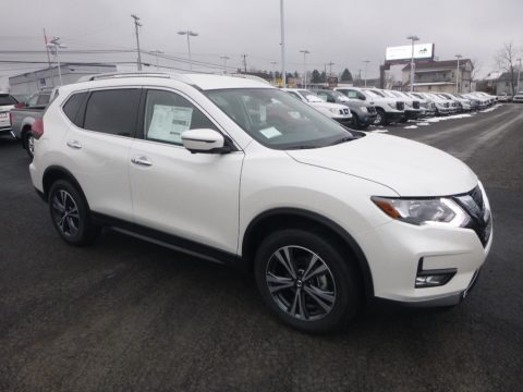 Pearl White 2019 Nissan Rogue SV AWD
