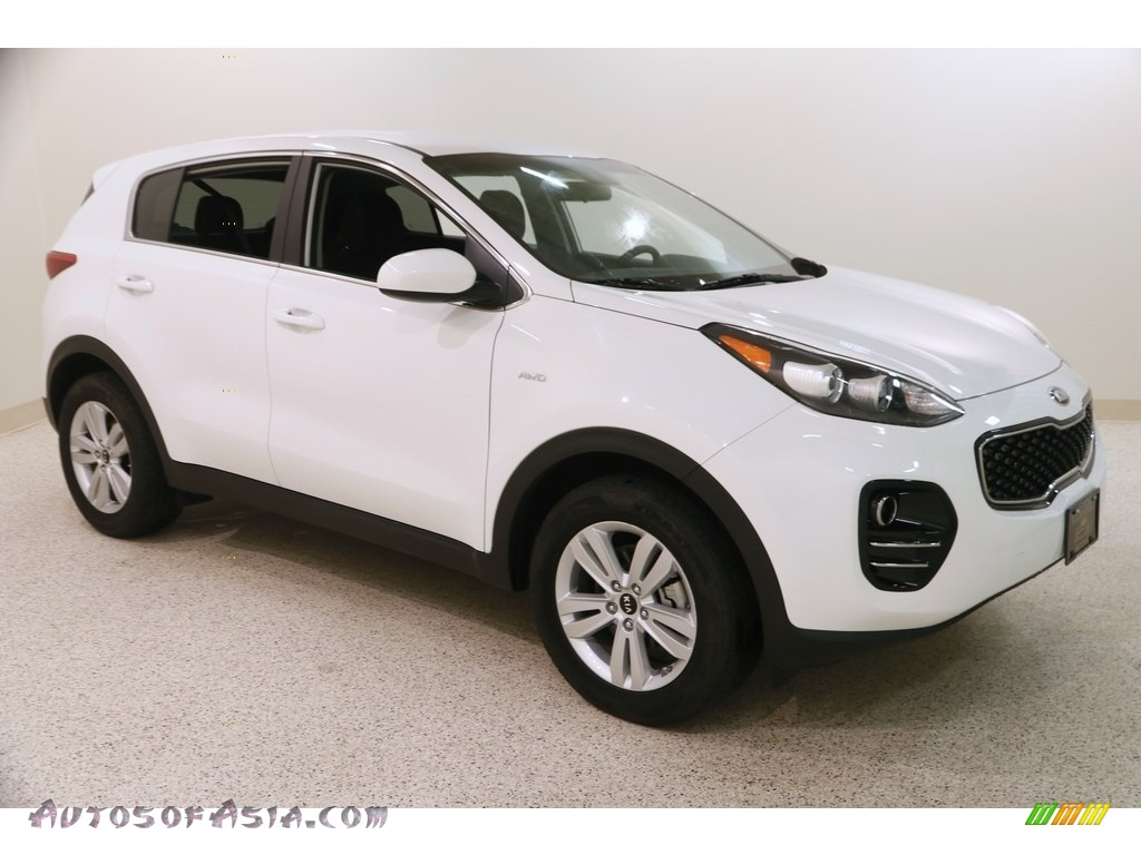 2018 Sportage LX AWD - Clear White / Black photo #1
