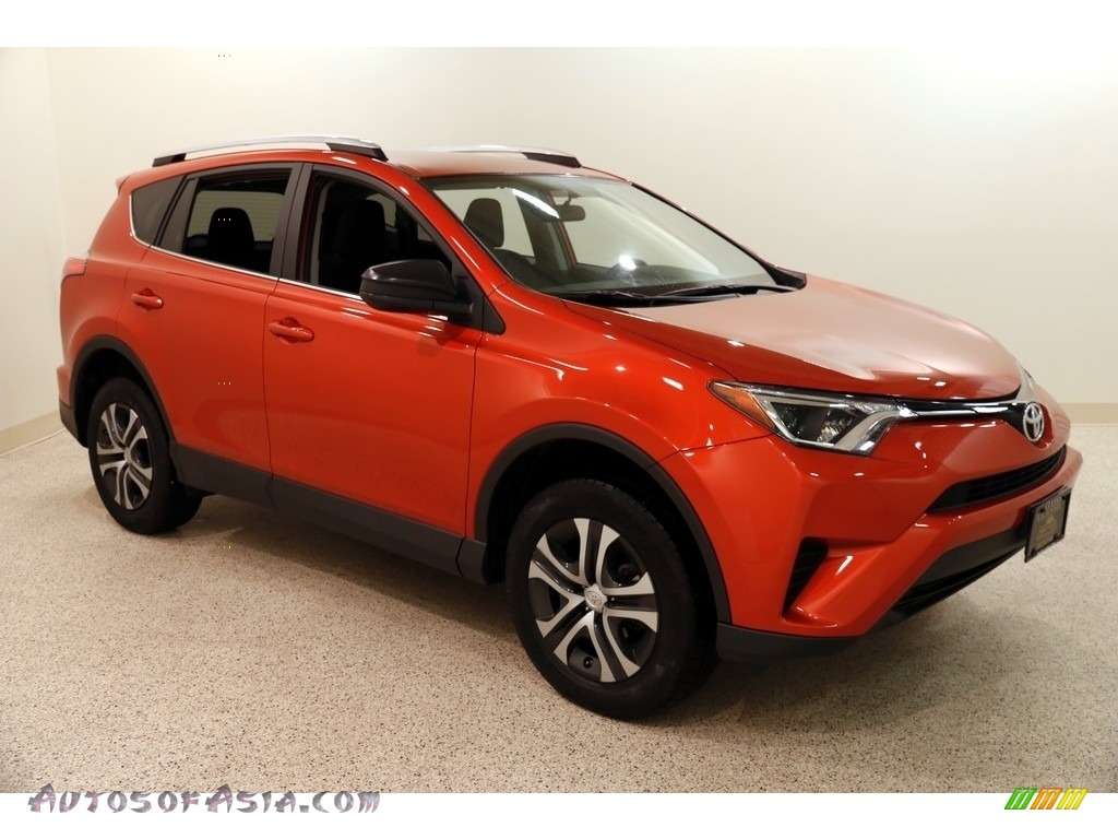 2016 RAV4 LE AWD - Hot Lava / Black photo #1