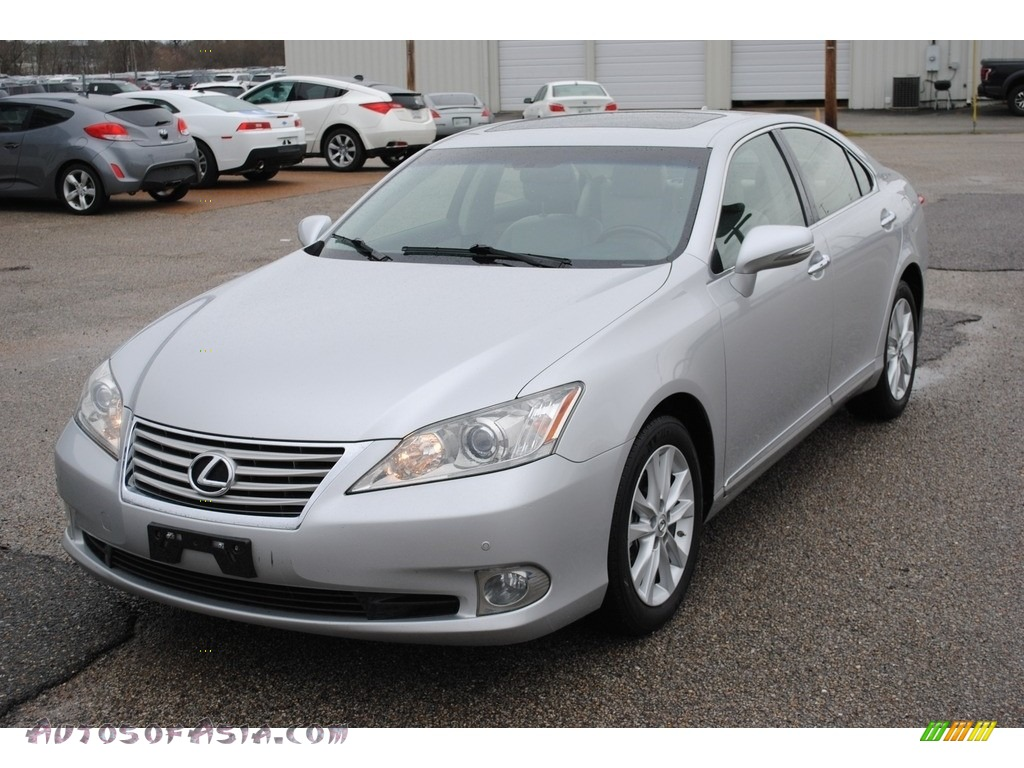 Tungsten Pearl / Light Gray Lexus ES 350