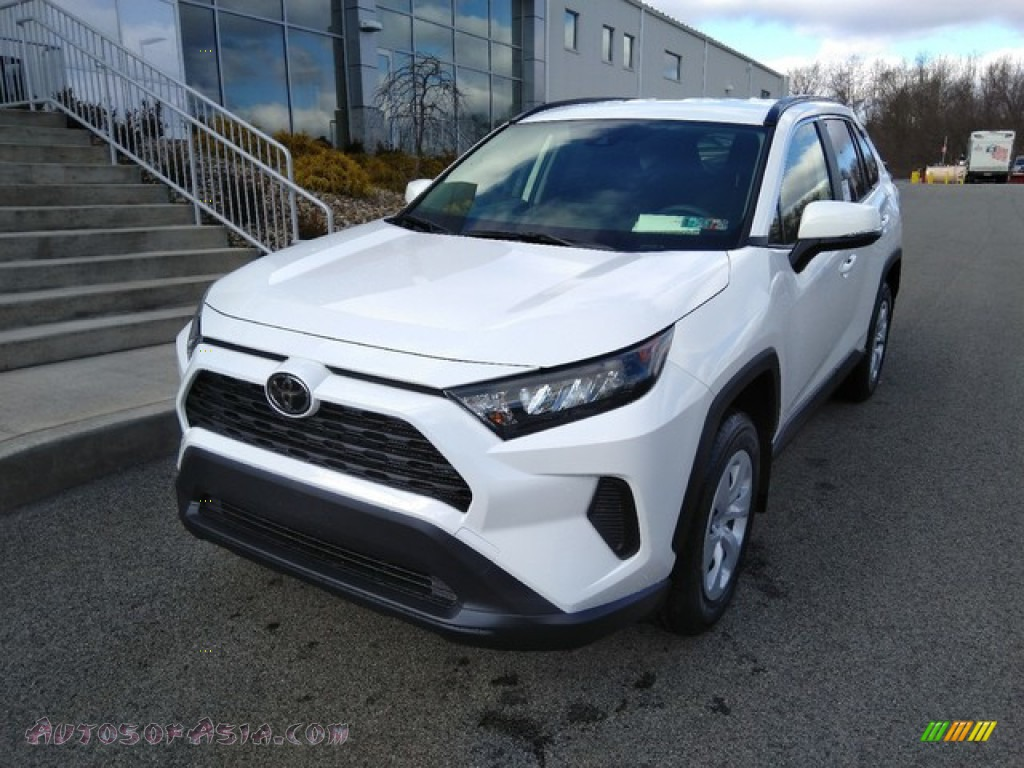 Super White / Black Toyota RAV4 LE AWD
