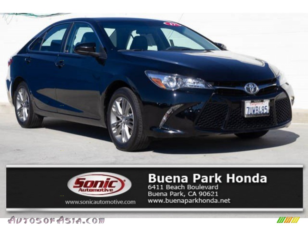 2017 Camry SE - Midnight Black Metallic / Black photo #1